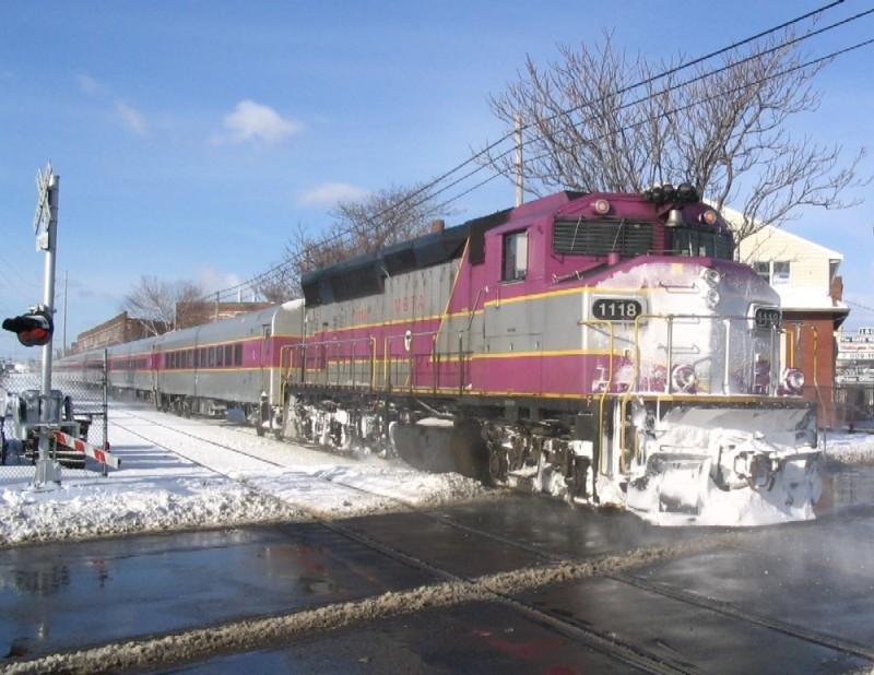 MBTA EMD F40PH-2C #1118